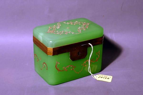 1414B: GREEN OPALINE GLASS BRONZE MOUNTED HINGED BOX, e