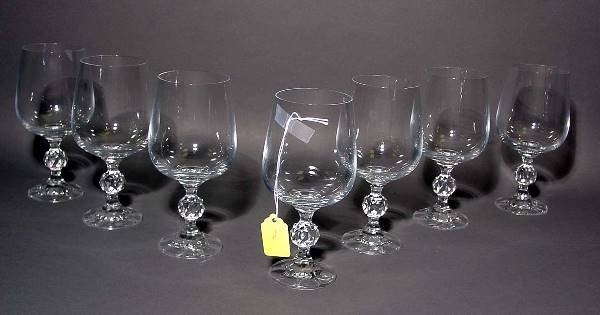 1419: SET OF 12 GLASS WINE STEMS, the stems with a c