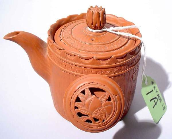 1A: SMALL JAPANESE TERRACOTTA INDIVIDUAL TEAPOT, of cyl