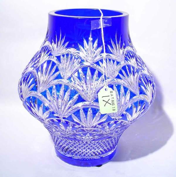 1X: COBALT-TO-CLEAR CUT CRYSTAL VASE, having a pineappl