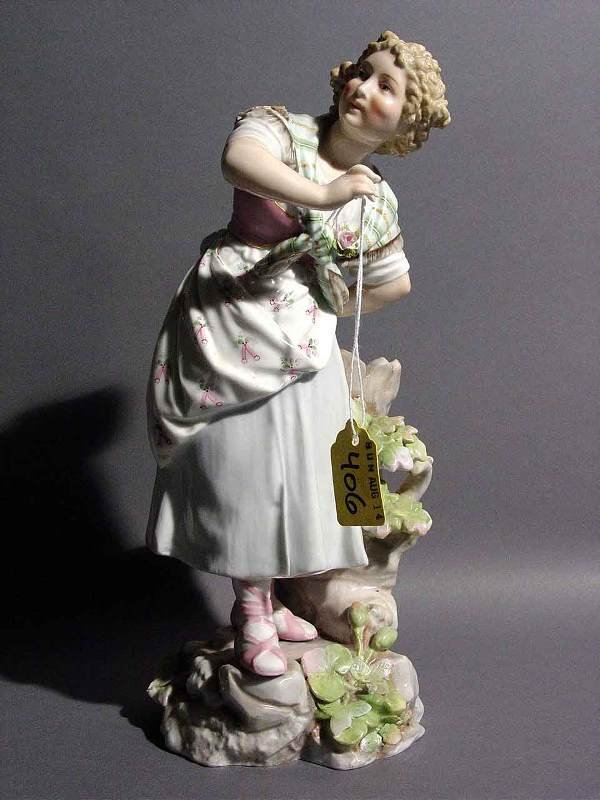 406: c1880 CONTINENTAL PORCELAIN FIGURE OF YOUNG GIRL,