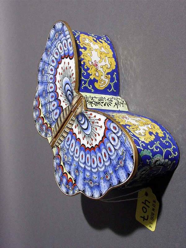 407: CHINESE CLOISONNE BUTTERFLY FIGURED BOX, the two h