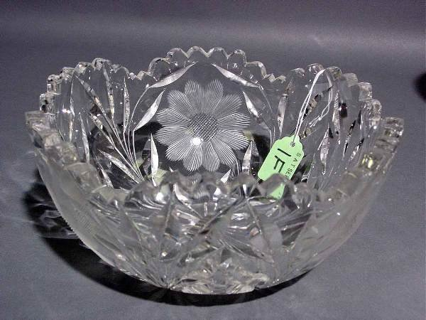1F: AMERICAN FLORAL PERIOD CUT AND ETCHED GLASS BOWL, c