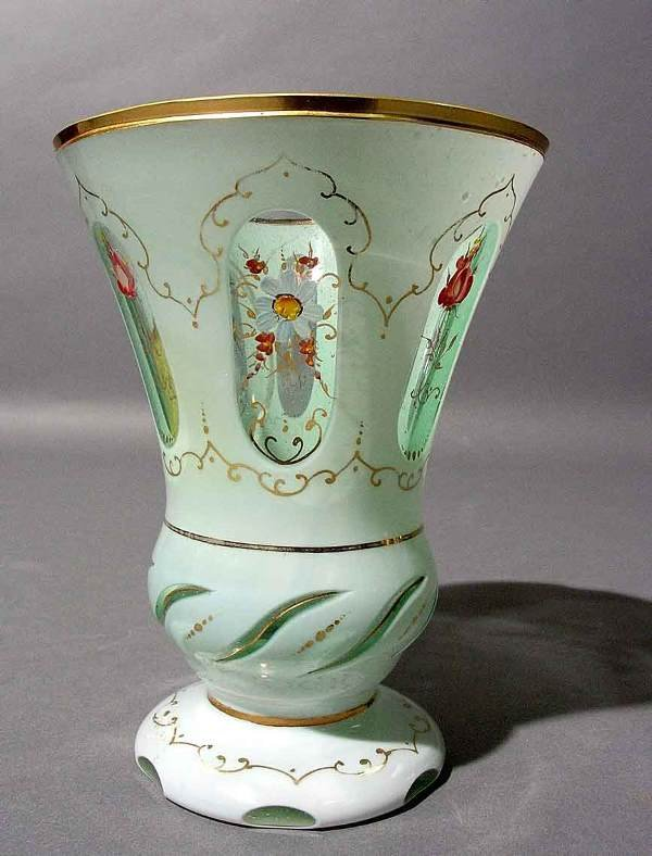 413: WHITE-TO-CLEAR BOHEMIAN GLASS BEAKER, of trumpet s