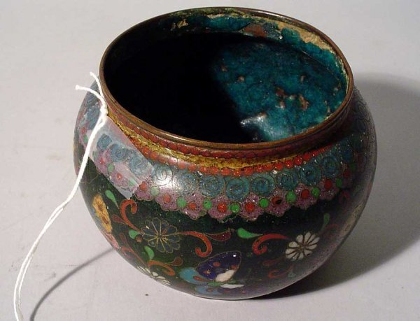 1001Q: ANTIQUE CHINESE CLOISONNE CACHE' POT, circa 1890