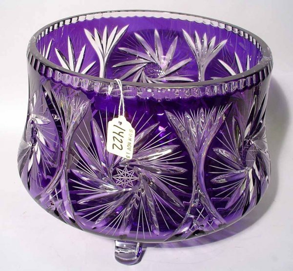 1422: LARGE AMETHYST TO CLEAR CUT CRYSTAL FOOTED DESIGN