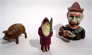 """""""LOT OF 3 CAST IRON TOY BANKS, depicting a Santa"""