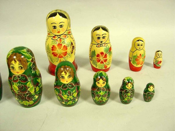 1: LOT OF TWO RUSSIAN HAND DECORATED AND LACQUERED TURN