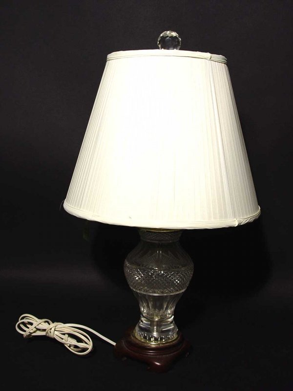 11: CUT CRYSTAL BALUSTER FORM TABLE LAMP WITH SHADE; 24