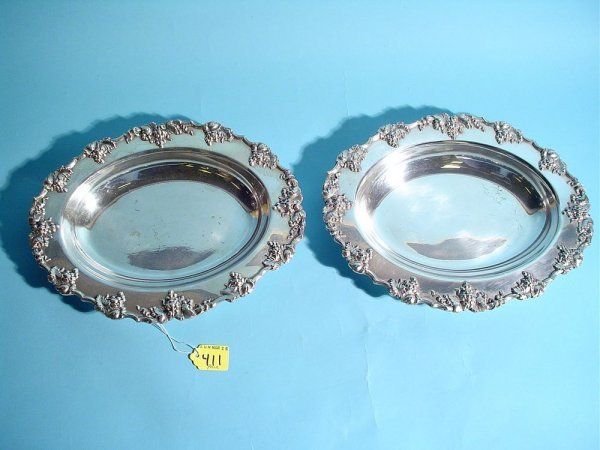 411: PAIR OF SILVERPLATED OVAL VEGETABLE DISHES, by Bar