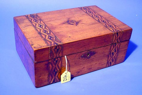 412: DECORATED INLAID WOODEN BOX, having a hinged lid w