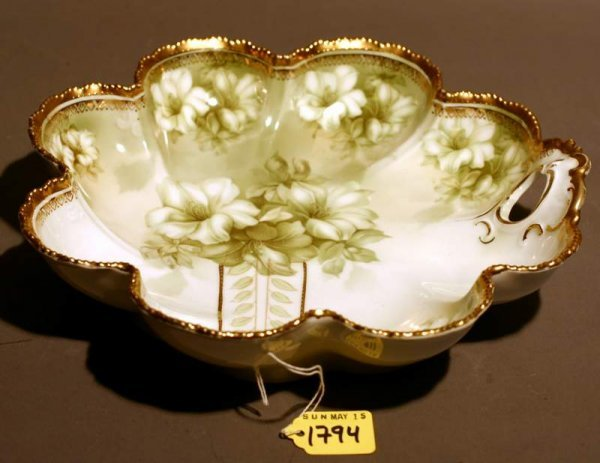 413: CONTINENTAL STYLE FLORAL DECORATED SCALLOPED PORCE