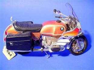 GUILOY BMW R100 S SPORT MOTORCYCLE, 1/10 scale mo
