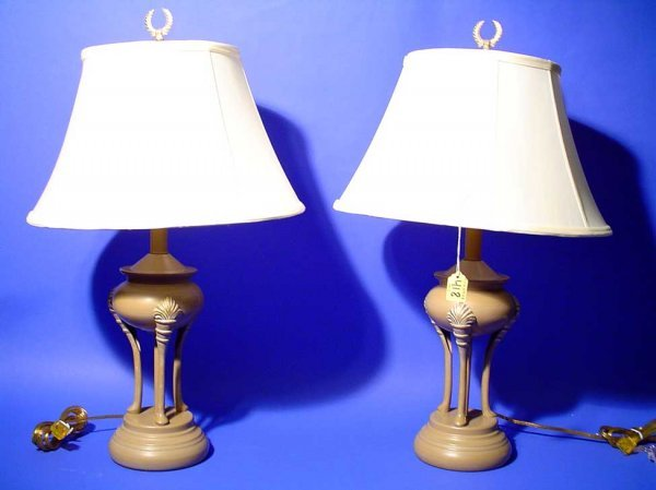 418: PAIR OF PAINTED METAL TABLE LAMPS, in the form of