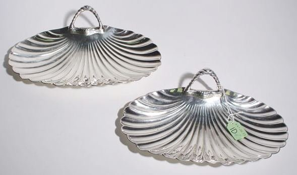 1D: PAIR OF SILVERPLATED CANDY DISHES