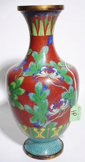 1P: CHINESE CLOISONNE FLORAL DECORATED VASE,