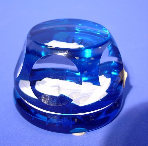 1013: SEVRES CRYSTAL SULPHIDE PAPERWEIGHT OF NAPOLEON,