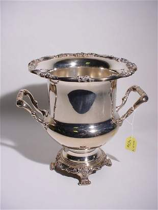 SILVERPLATED PEDESTAL DESIGN FOOTED CHAMPAGNE COOL