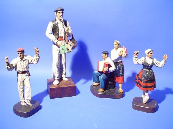 4: LOT OF FOUR EUROPEAN CARVED AND POLYCHROME DECORATED