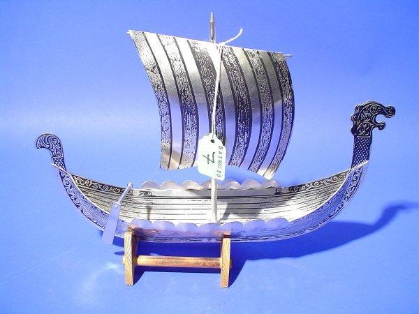 7: NORWEGIAN SILVER METAL MODEL OF A VIKING SHIP ON A W