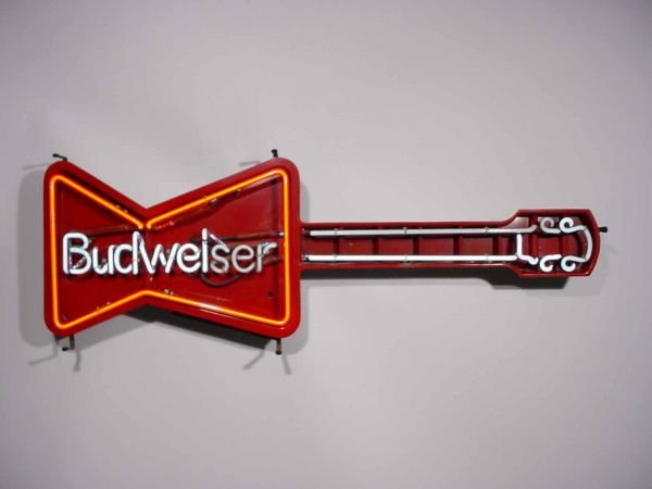 101: COLLECTIBLE BUDWEISER NEON GUITAR-SHAPED WALL-MOUN