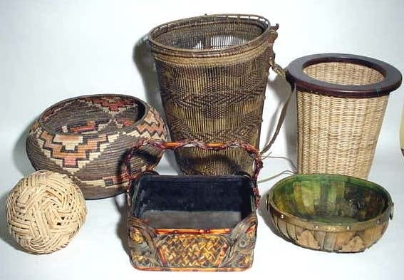401F: BOX LOT OF WASTE BASKETS AND WOVEN BASKETS