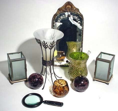 401M: BOX LOT OF MISCELLANEOUS AND DECORATIVE ITEMS