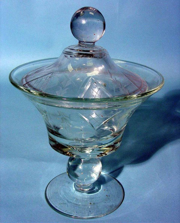 6: CUT AND ETCHED GLASS PEDESTAL FORM COVERED COMPOTE,