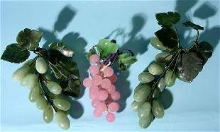LOT OF THREE BUNCHES OF JADE GRAPES, together with