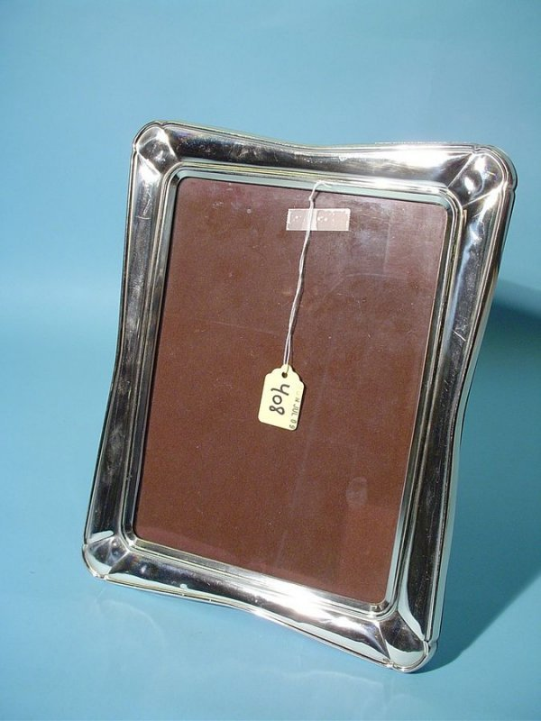 408: LARGE STERLING SILVER PHOTO FRAME, accomodates an