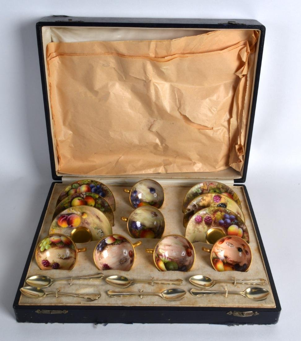 A LOVELY ROYAL WORCESTER CASED FRUIT PAINTED CUPS AND