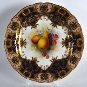 A FINE ROYAL WORCESTER PLATE C1923 painted with
