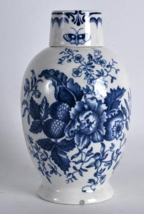 A LATE 19TH CENTURY CONTINENTAL PORCELAIN TEA CANISTER