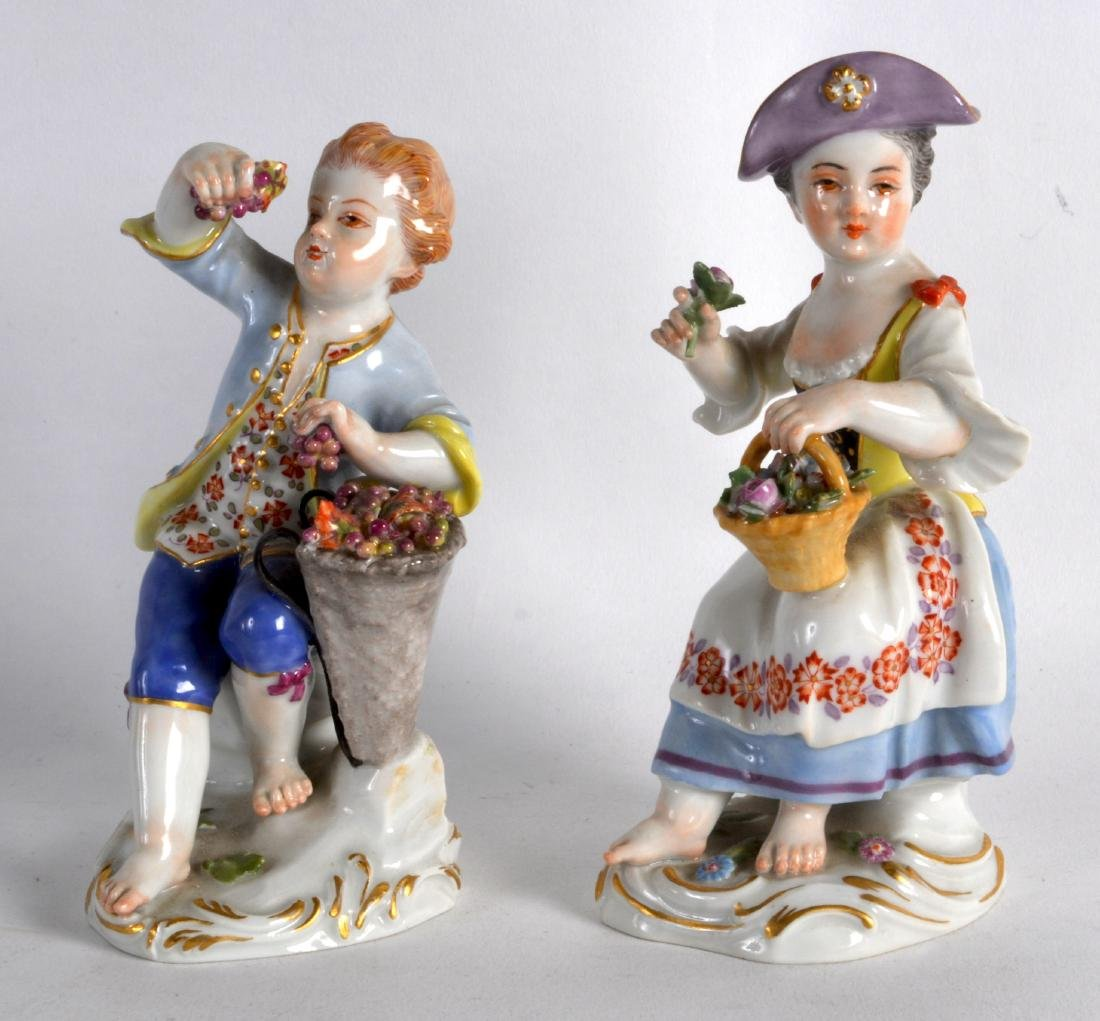 A GOOD PAIR OF MEISSEN FIGURES OF A MALE AND FEMALE