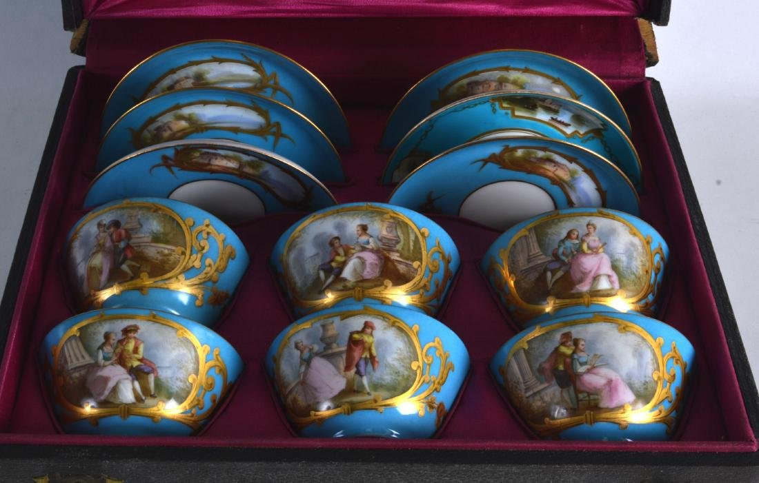 A GOOD LATE 19TH CENTURY FRENCH SEVRES PORCELAIN CASED