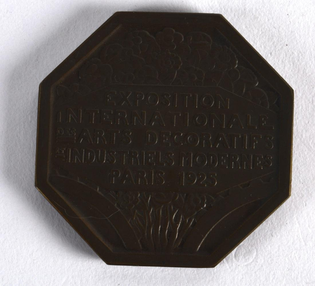 A BOXED ART DECO FRENCH BRONZE MEDALLION from the Arts