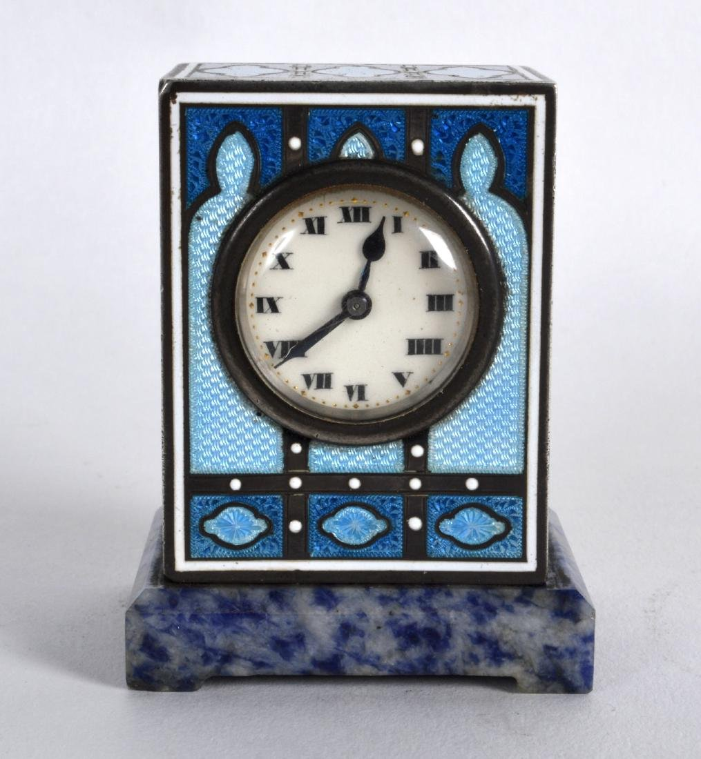 A LOVELY EARLY 20TH CENTURY SWISS SILVER AND ENAMEL
