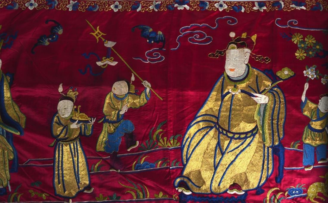 A LATE 19TH CENTURY CHINESE RED SILKWORK PANEL - 3