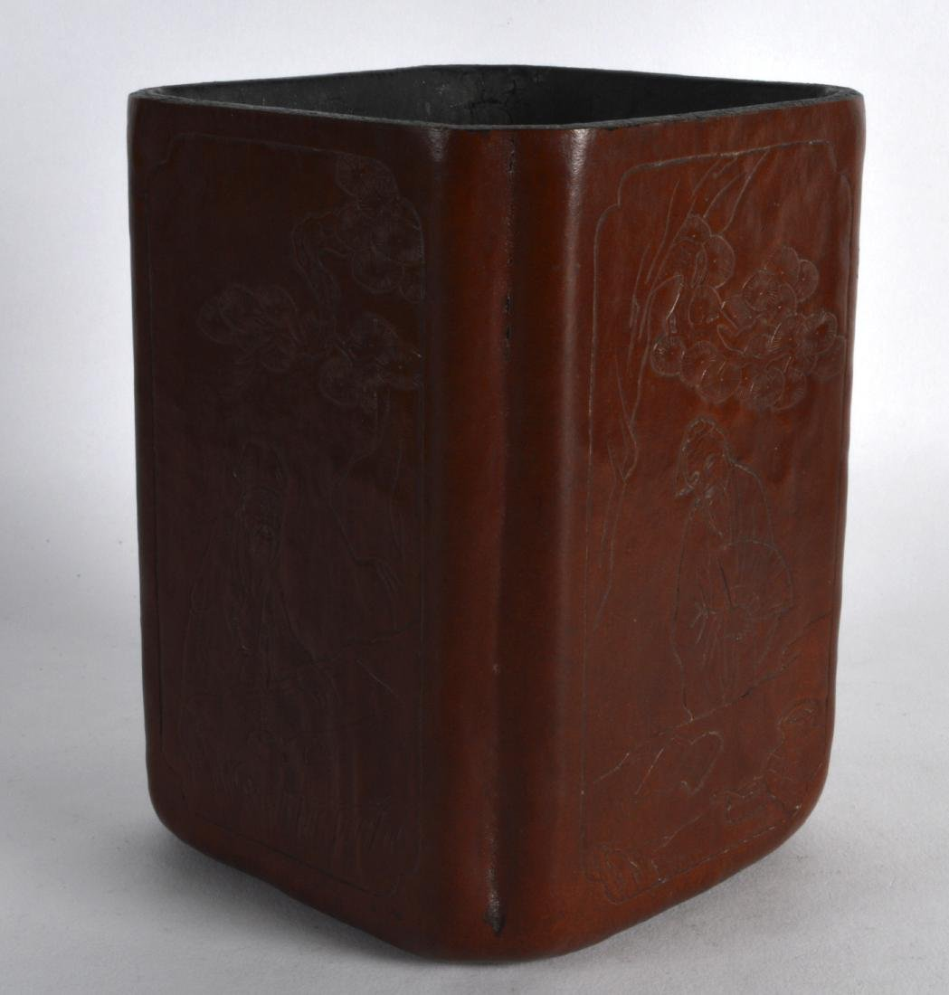 AN EARLY 20TH CENTURY CHINESE SQUARE FORM BRUSH POT