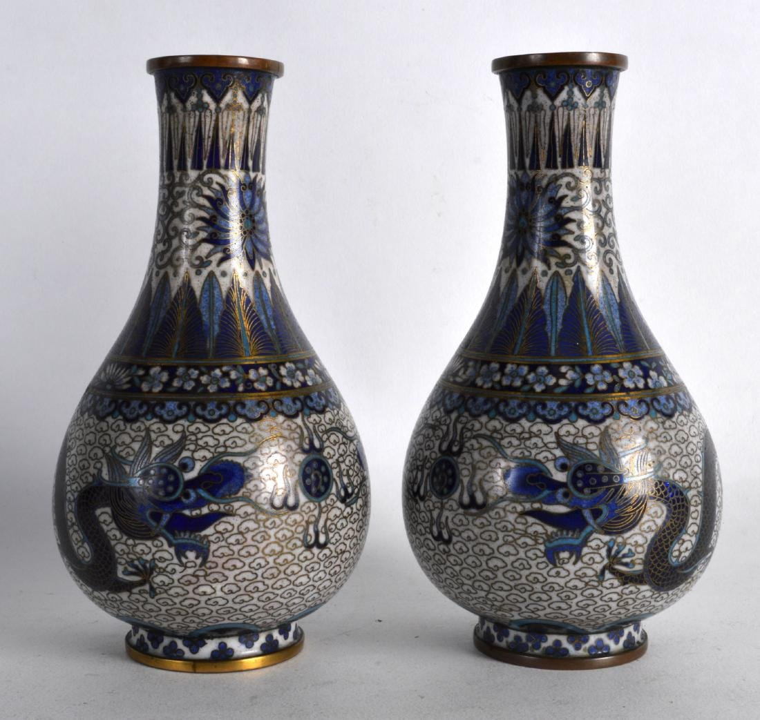 A PAIR OF LATE 19TH CENTURY CHINESE CLOISONNE ENAMEL