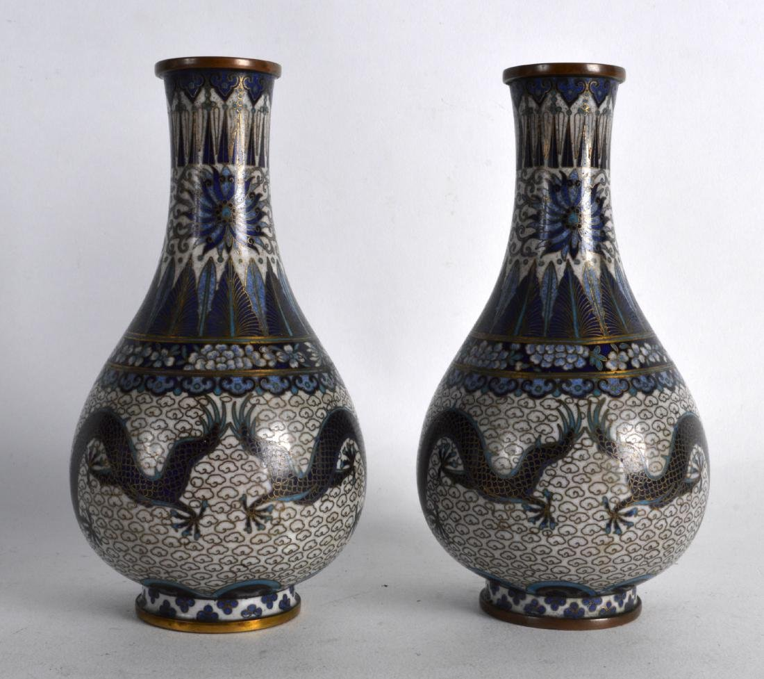 A PAIR OF LATE 19TH CENTURY CHINESE CLOISONNE ENAMEL - 2