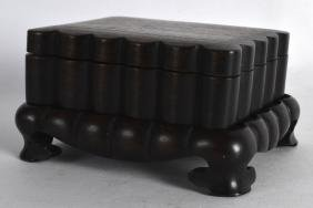 AN UNUSUAL 19TH CENTURY CHINESE LOBED HONGMU CARVED BOX