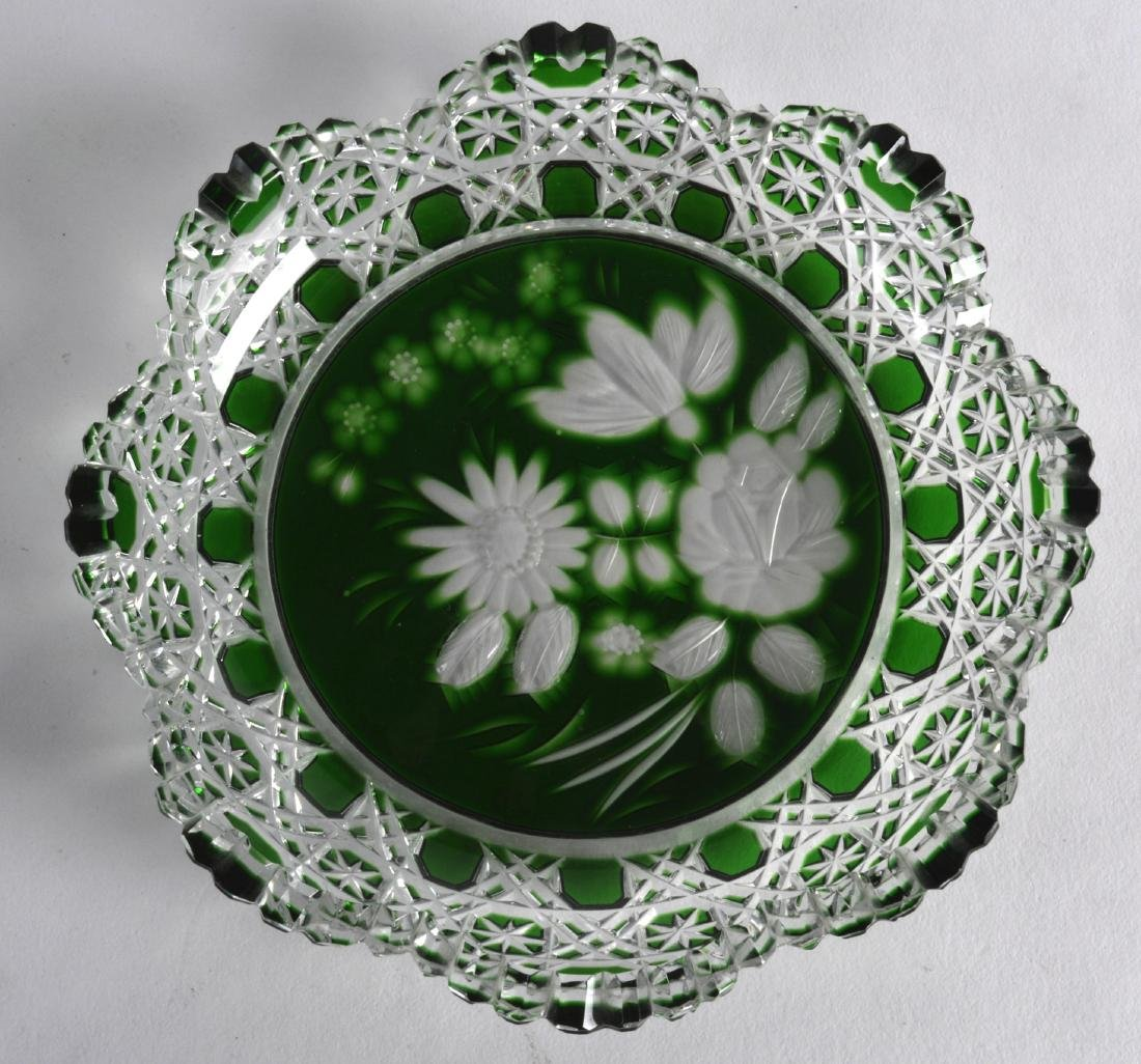 AN UNUSUAL MEISSEN GREEN AND CLEAR GLASS DISH. 5Ins