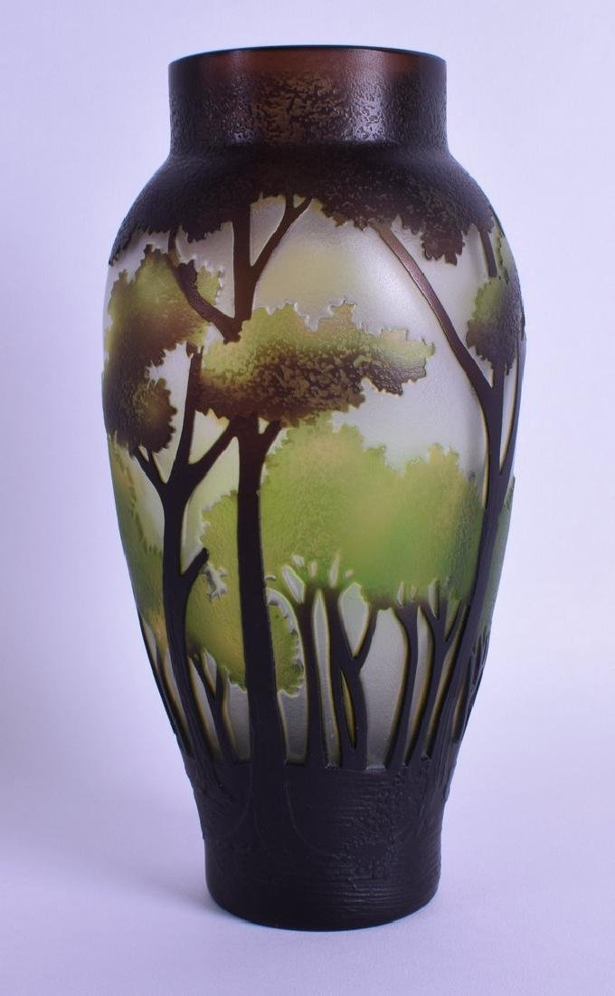 A CONTINENTAL CAMEO GLASS VASE in the manner of Emile
