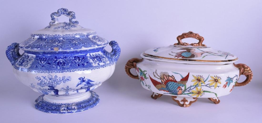 AN UNUSUAL ROYAL WORCESTER AESTHETIC MOVEMENT TUREEN