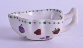 AN 18TH CENTURY DOCCIA LEAF SHAPED PICKLE DISH, with