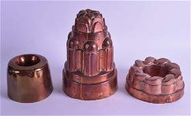 A GOOD VICTORIAN COPPER JELLY MOULD together with two