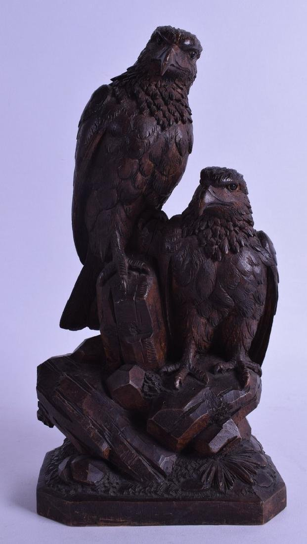 A LATE 19TH CENTURY BAVARIAN BLACK FOREST CARVED FIGURE