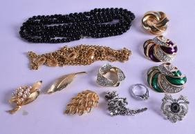A COLLECTION OF MAINLY COSTUME JEWELLERY in various