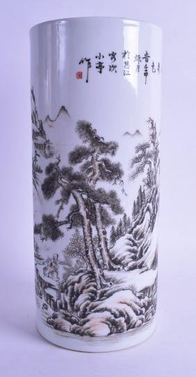 A CHINESE REPUBLICAN PERIOD PORCELAIN BRUSH POT painted